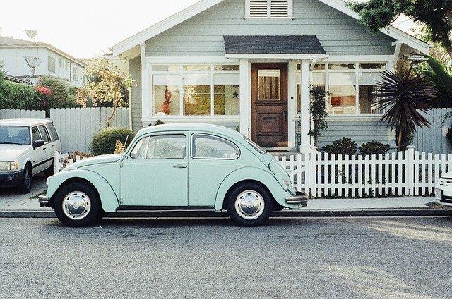 vw-beetle-405876_640 (2)